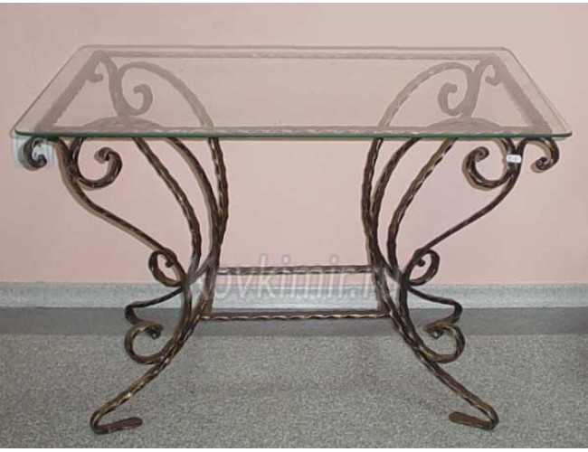 forged-tables-and-chairs-2
